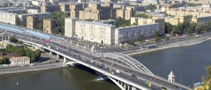 Construction of new Andreyevsky railway and roadway bridges across Moskva river